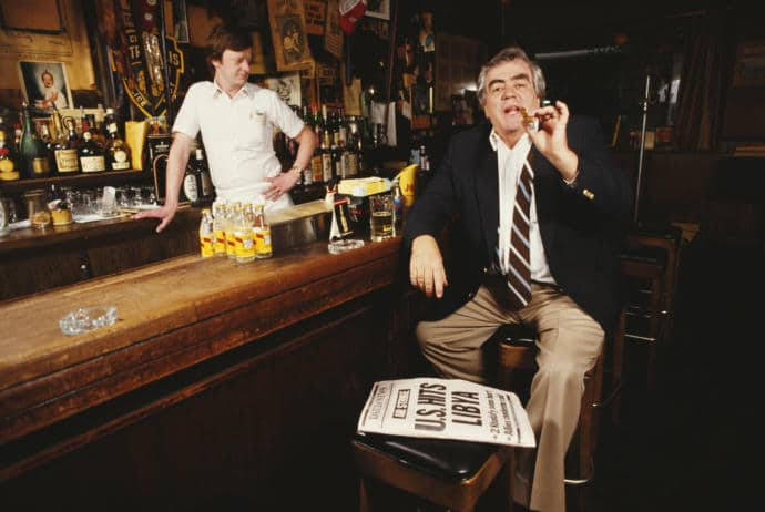 The death of Jimmy Breslin, pictured here in 1986, the same year he won a Pulitzer Prize, ends a storied era in American journalism.